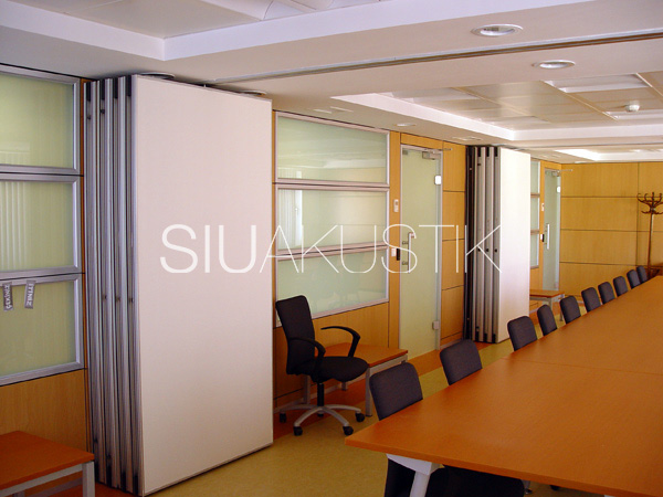 Siuakustik Operable Partition